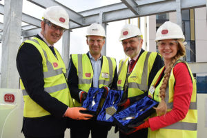 topping out ceremony presentation