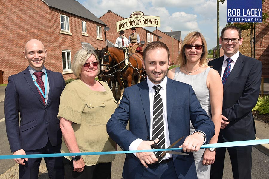 Hook Norton Stonewater ribbon cutting